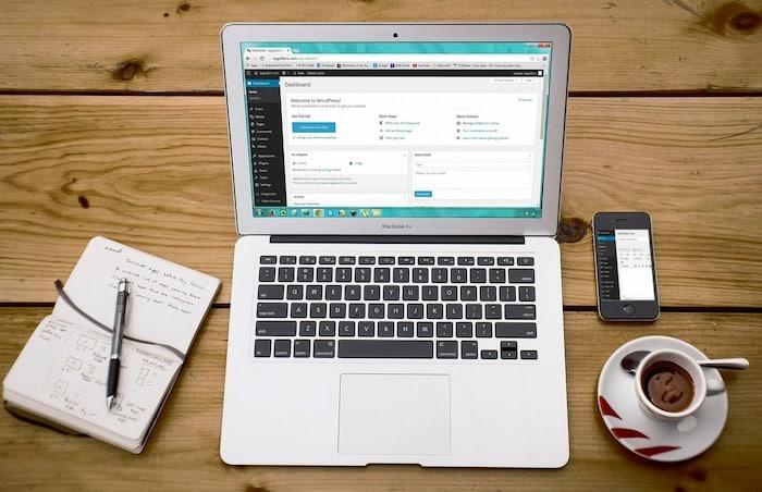 ウェブサイト制作の副業としての始め方