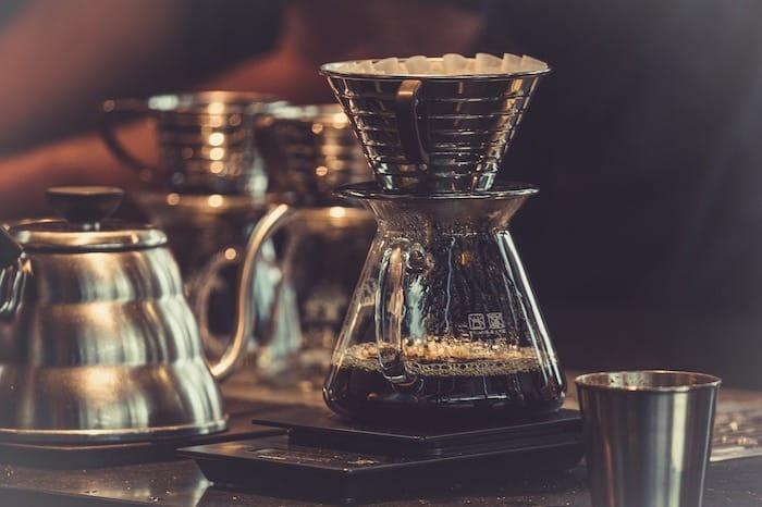 【副業】カフェ一日オーナーで稼ぐ方法は|特徴・評判・メリット・デメリット