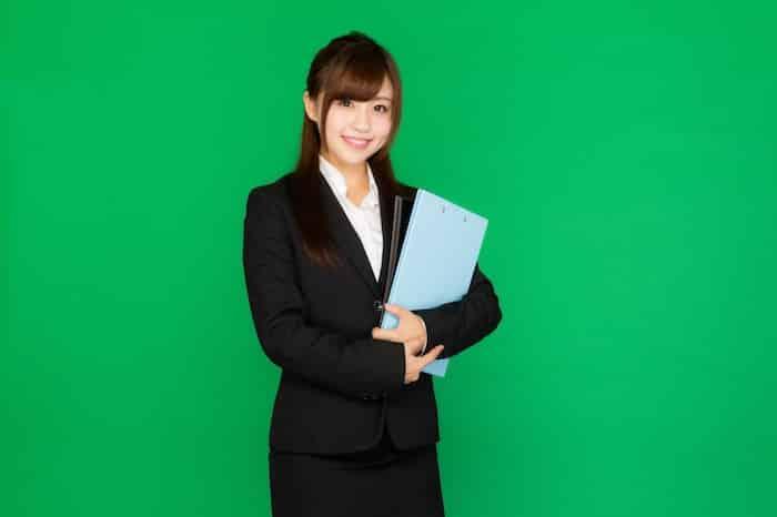 【副業】エントリーシート代行で稼ぐ方法は|特徴・評判・メリット・デメリット【副業】エントリーシート代行で稼ぐ方法は|特徴・評判・メリット・デメリット