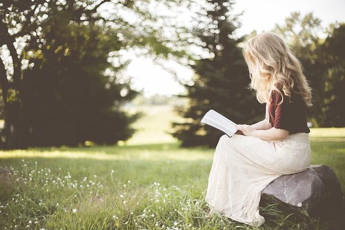 【副業】読書感想文代行で稼ぐ方法は|特徴・評判・メリット・デメリット【副業】読書感想文代行で稼ぐ方法は|特徴・評判・メリット・デメリット