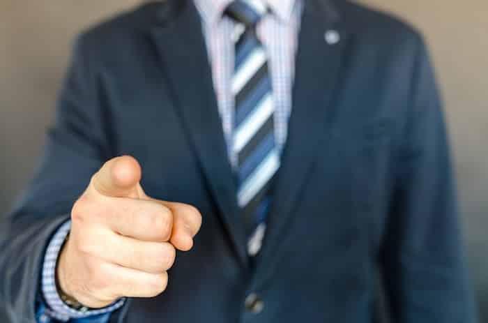 【副業】ヘッドハンティング代行で稼ぐ方法は|特徴・評判・メリット・デメリット
