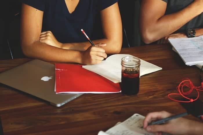 セミナー出席代行の副業としての始め方